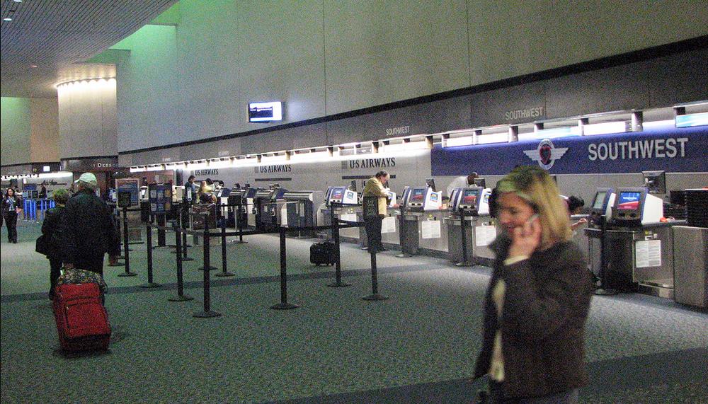 Bullitt - Showdown At The Airport