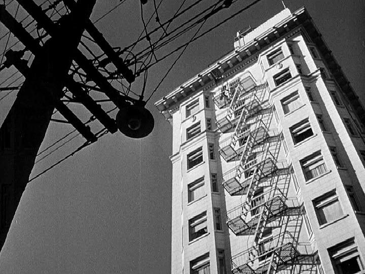 Dark Passage - Madge's Apartment