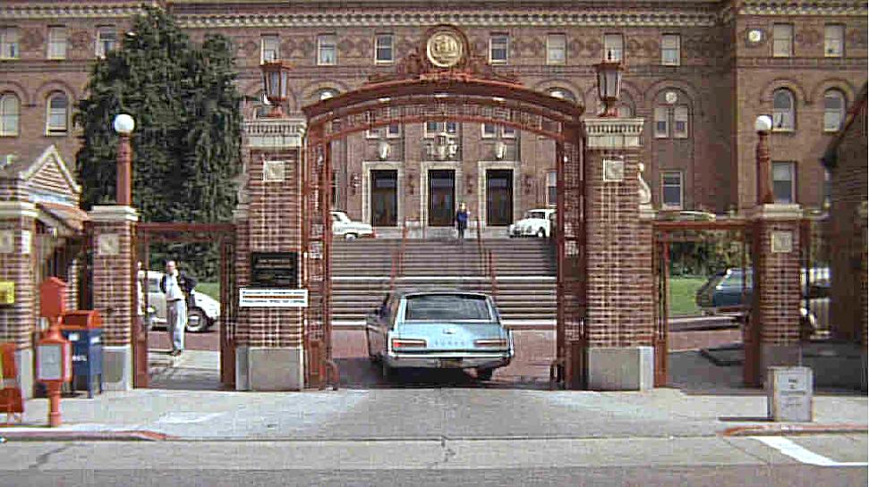 Bullitt - Hospital