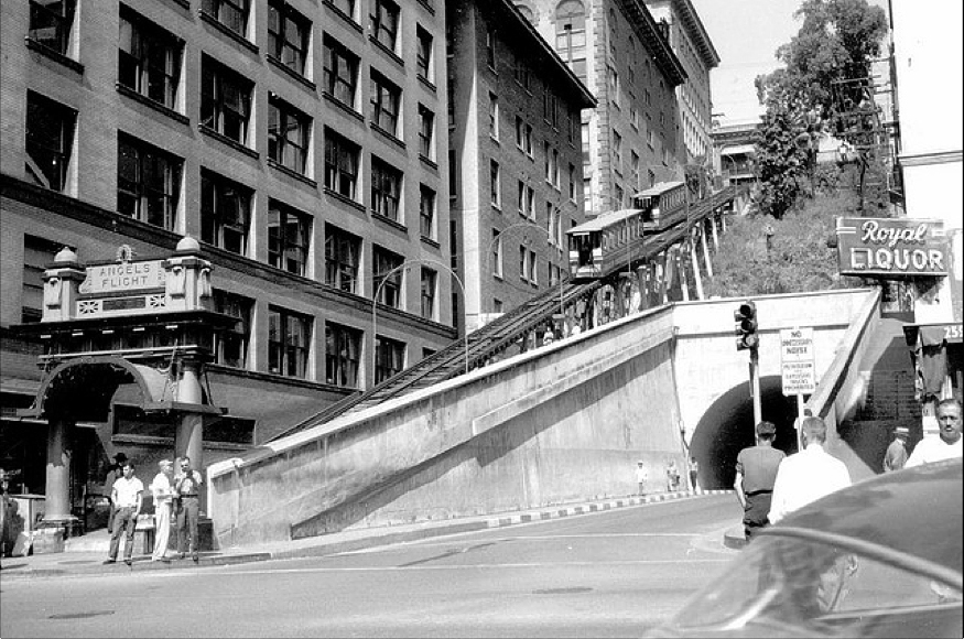 8 - tunnel 2 1957.jpg