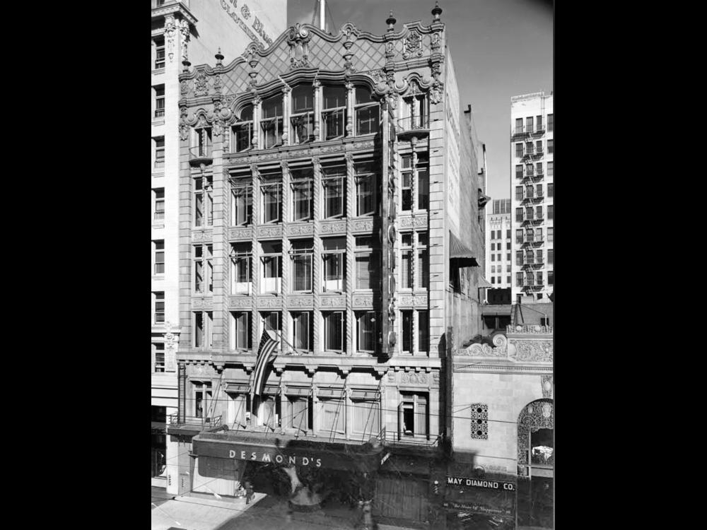 10 - walk 2 desmond's 1939.png