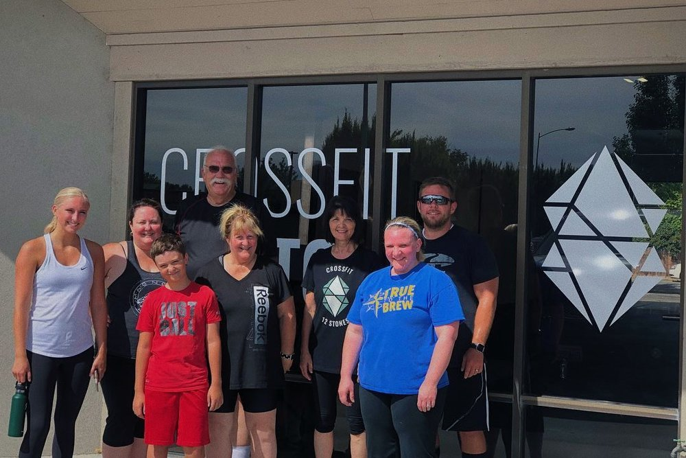 crossfit-12-stones-group-photo