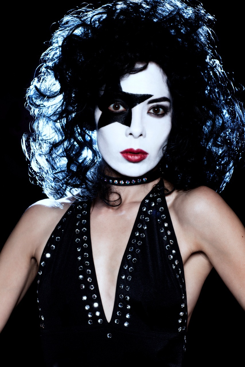 Diamondback Annie - Black Diamond - by BrunoOHara.com (1) no logo.jpg