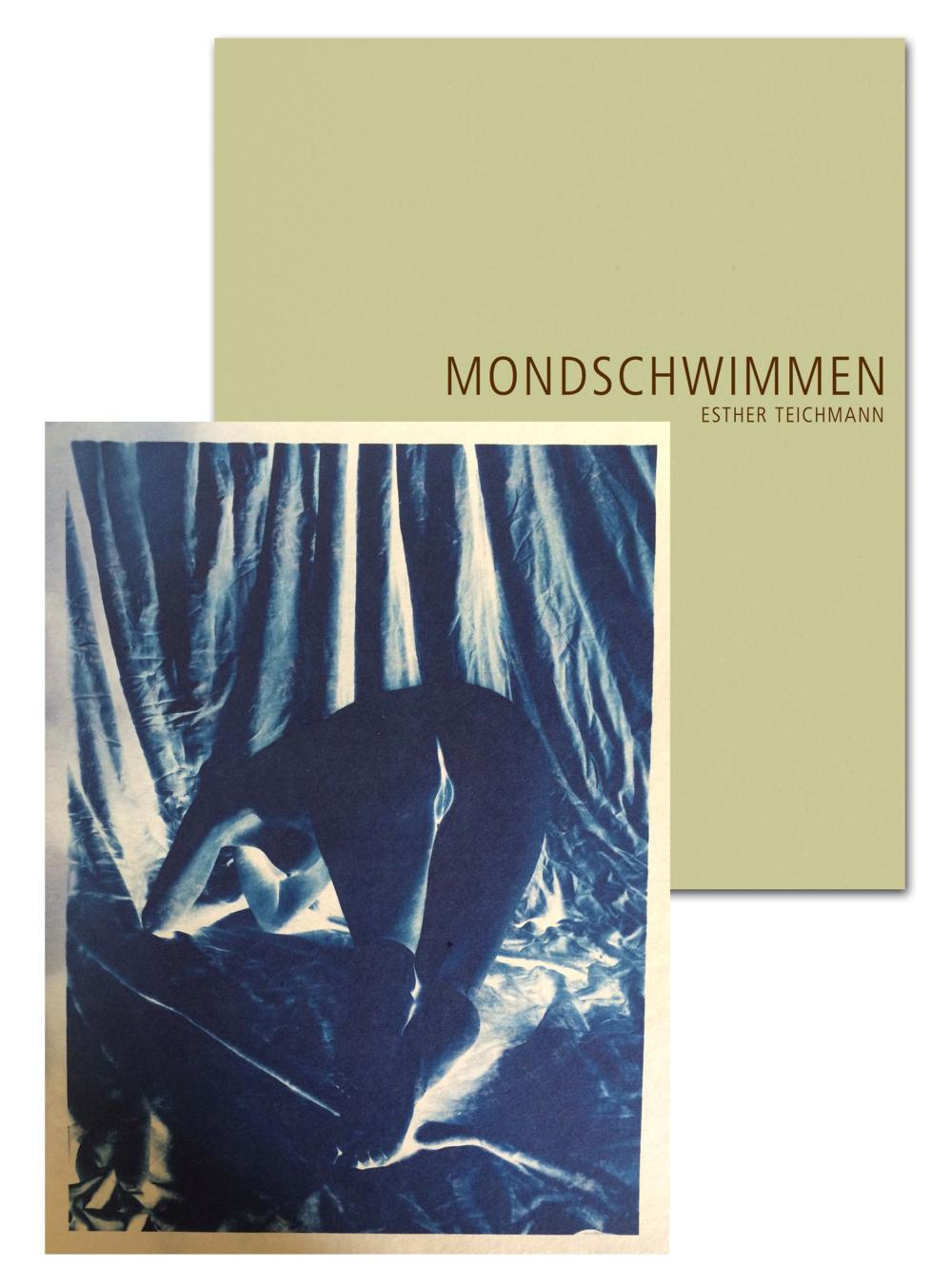 """VERGRIFFEN     Edition 2 Esther Teichmann  """"Mondschwimmen""""  Katalog deutsch / englisch, signiert, nummeriert, mit einer Cyanotypie Auflage 25   Preis: 150 €"""