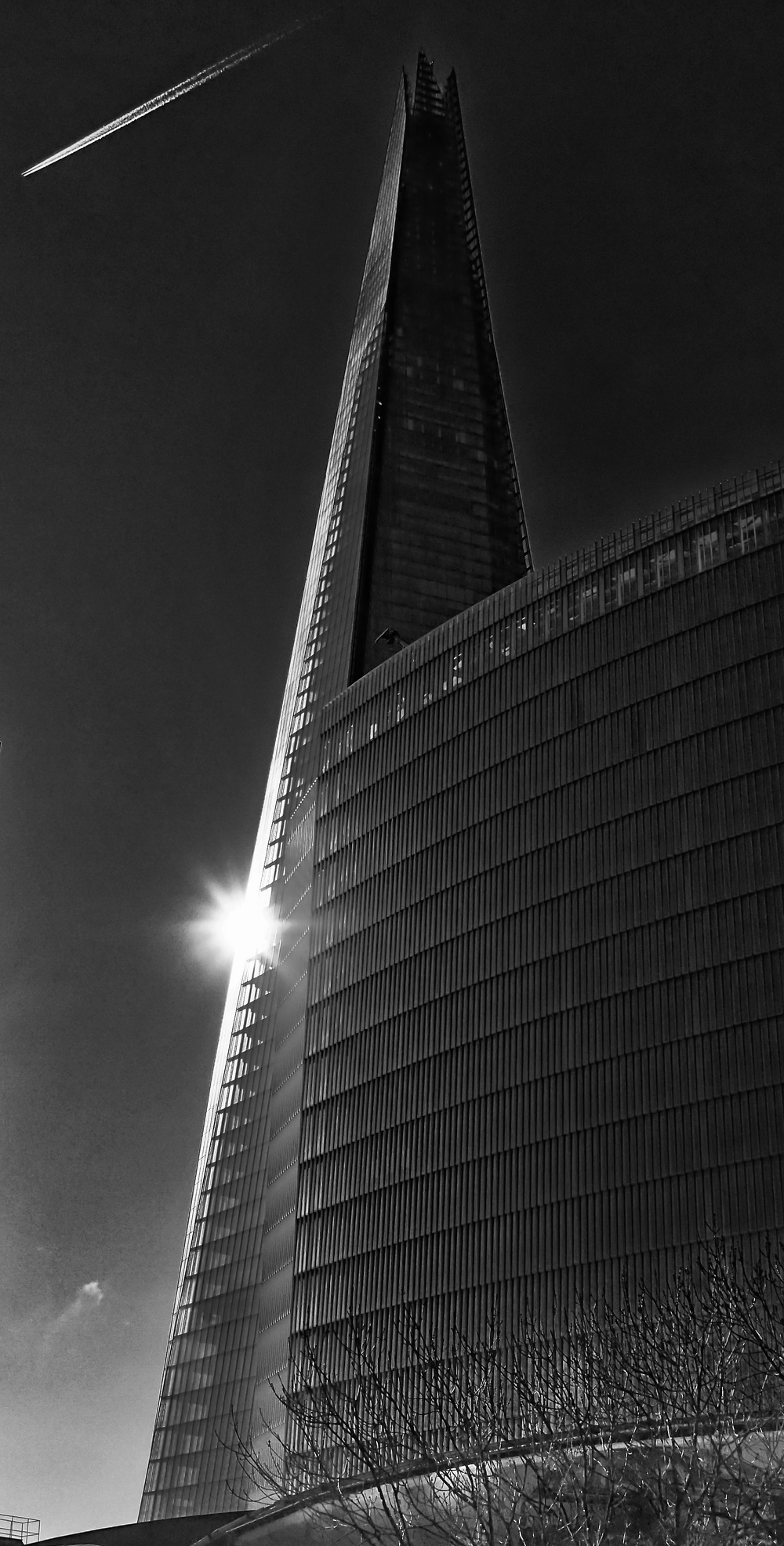 ​Shard, London Bridge, 6 Apr EP-3 Lumix 20mm f1.7