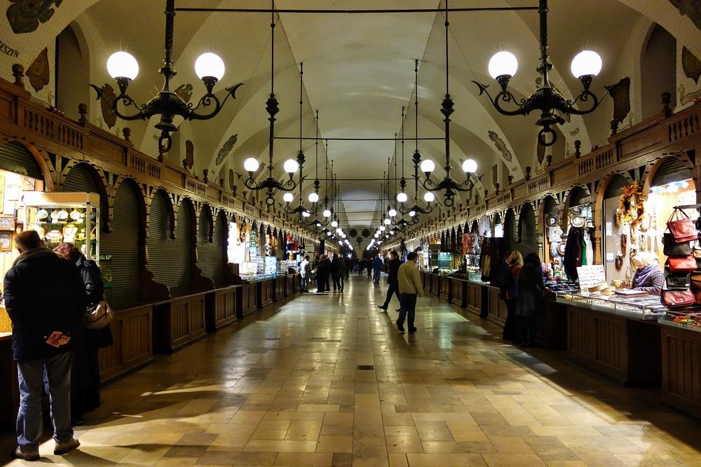 Kraków: Sukiennice (Drapers' Hall)
