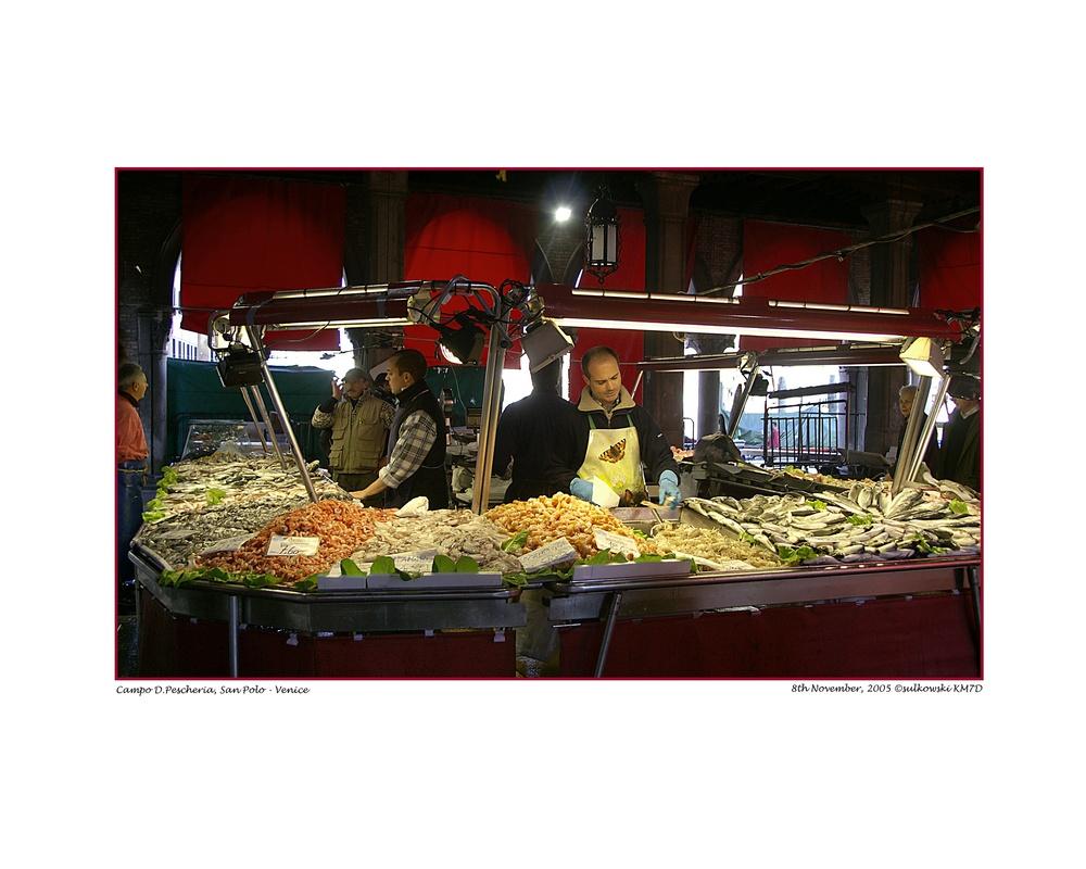 Fishmonger_Venice.jpg