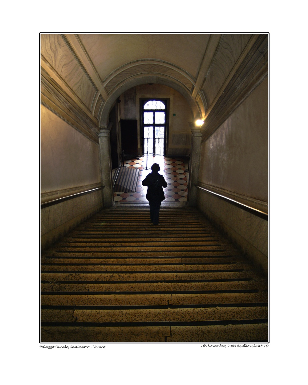 Moni Stairs Dogenpalast_SVENICE.jpg