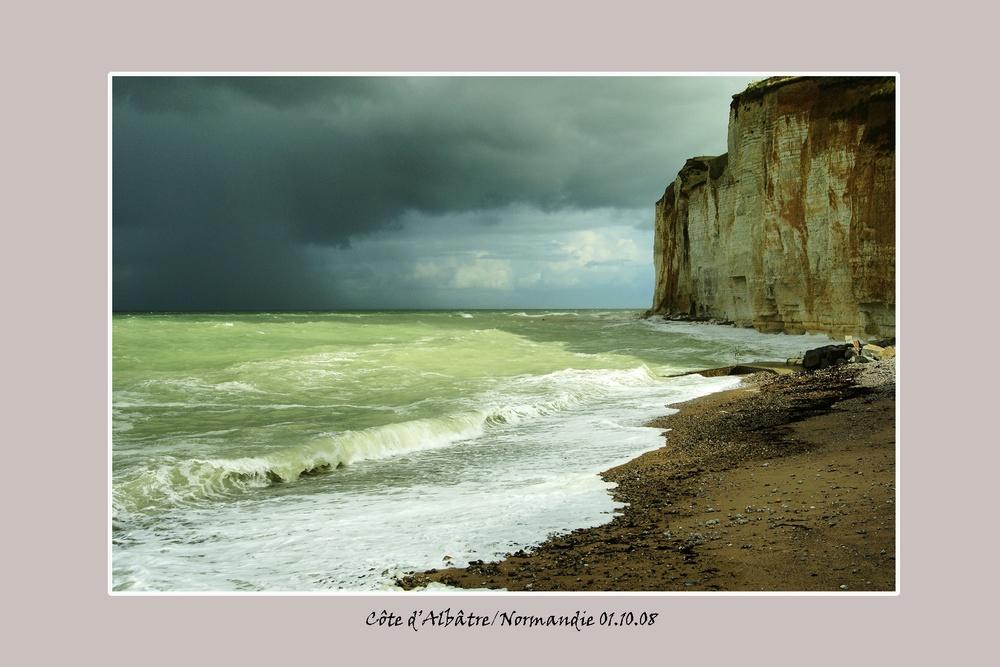 Albatrecliff_Normandie.jpg