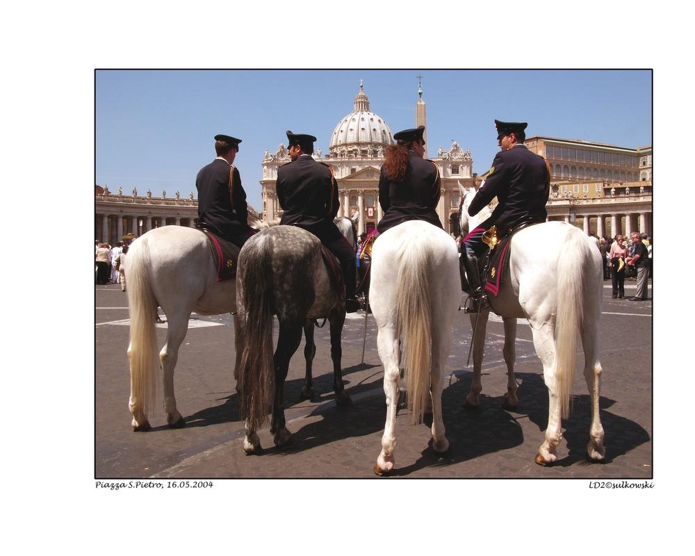 4 Horsemen_Vatican.jpg