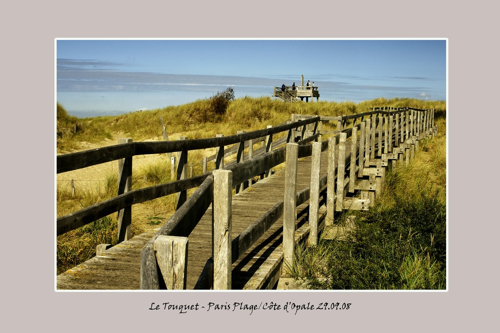 walkwayletouquet.jpg