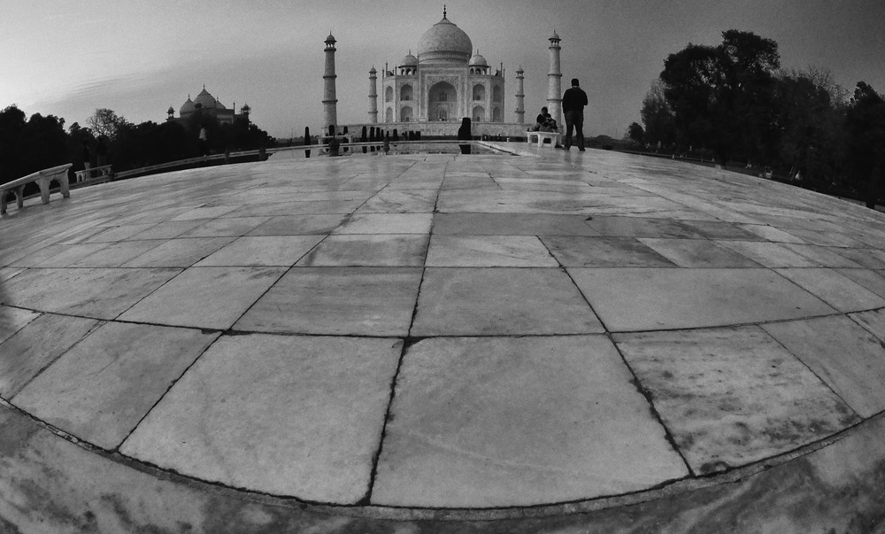 Taj Mahal Day1 16.jpg
