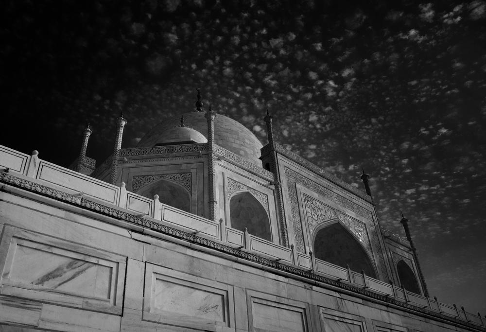 Taj Mahal Day2 20B&W.jpg