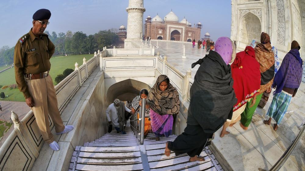Taj Mahal Day2 49.jpg