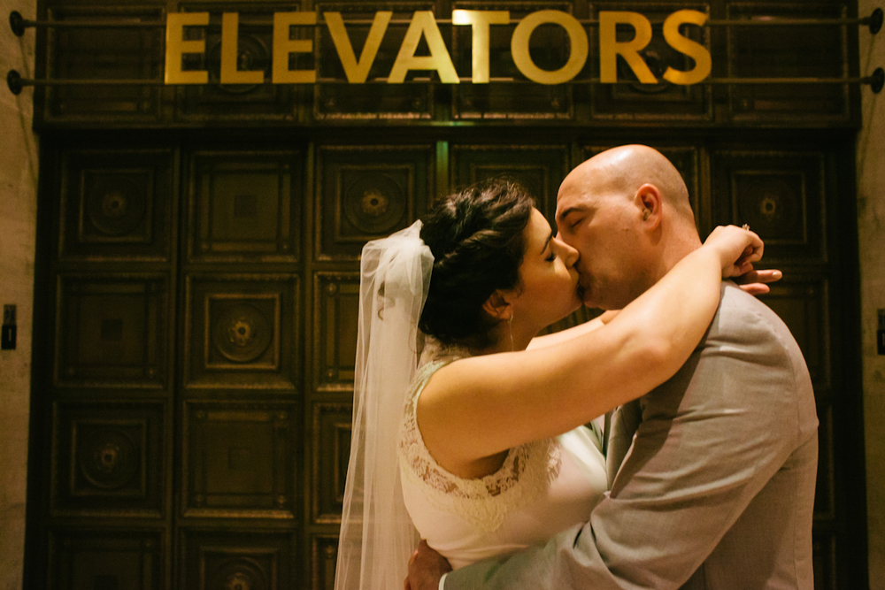 NHM_wedding_elevators_lindaabbottphotography.jpg