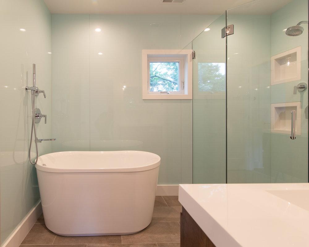 Ivy_Master Bath 01.jpg