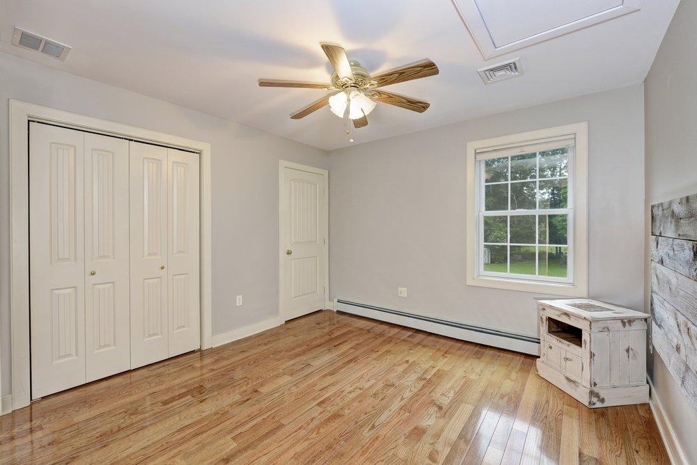75 Millwood - Bedroom 0159.jpg