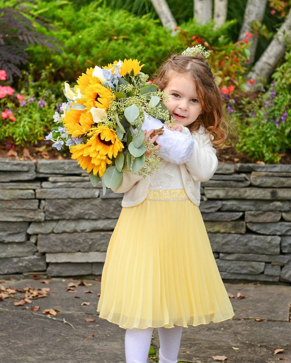 4613 Daughter Flowers Lg.jpg