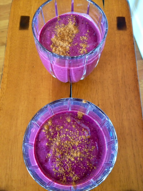 I think this smoothie included spinach, banana, blackberries, chia, flax, almond butter, & cinnamon.