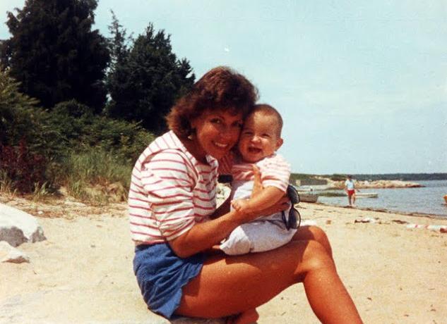 mom sherri beachouse.JPG