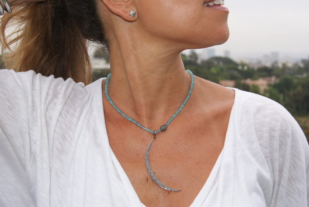 Artist and jewelry designer Joanie Landau creates pieces with a sophisticated So-Cal look that are boho chic!!