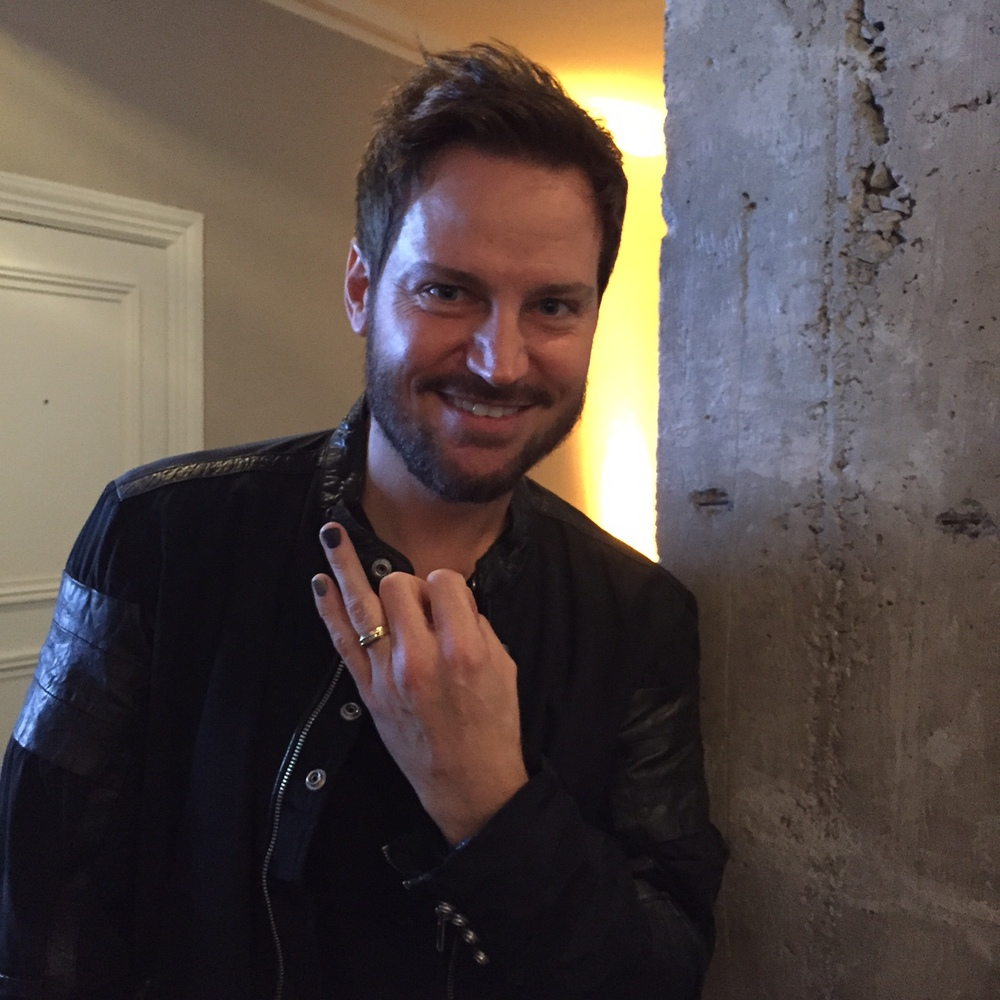 Tom Bachik , Celebrity MANicurist, Global Nail Designer, L'Oreal Paris