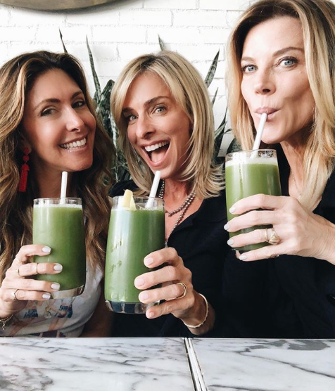 Green Juice time at Cafe Gratitude with Elissa Goodman & Janet Gunn