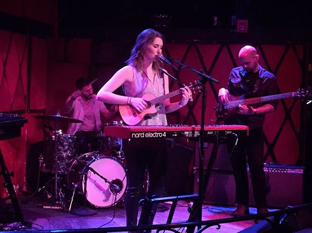 Lauren Marsh Performing with her ukulele at Rockwood Music Hall in NYC