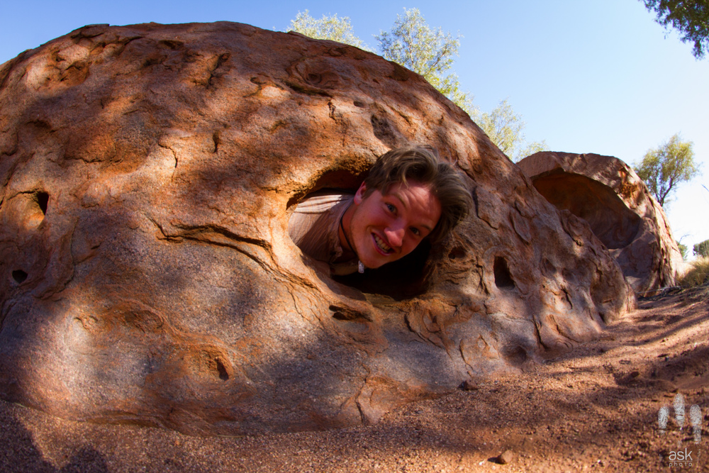 Uluru birthing Mitch. Photo by Angus Kennedy.