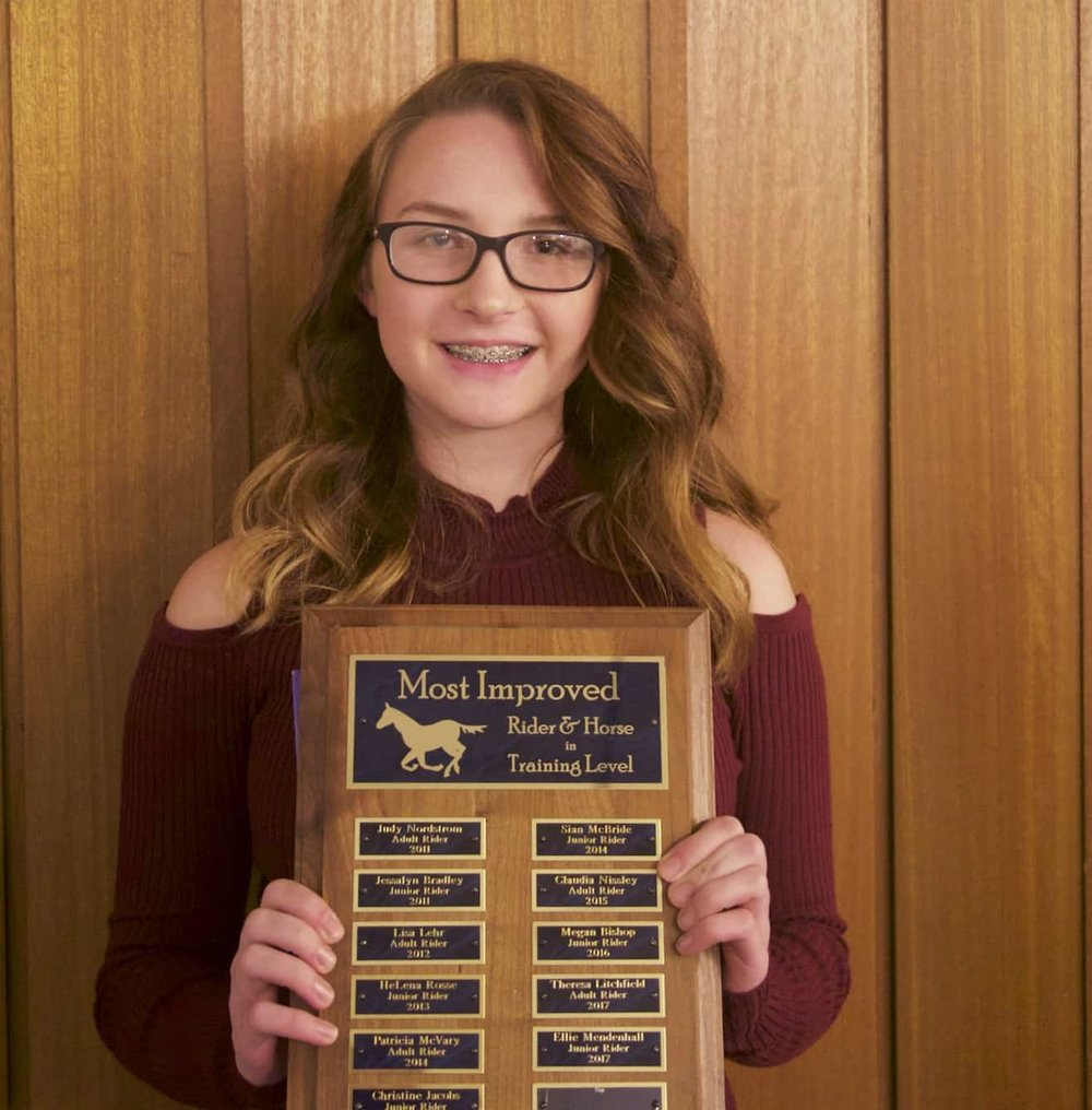 Ellie Mendenhall CLD 's 2017 Most Improved Youth Rider at Training Level
