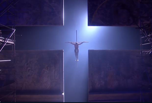 jesus-christ-superstar-live-crucifixion-cross.png
