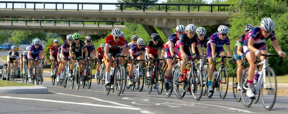Elite/u23 Women's road race - Kinley Gibson on the 10 km circuit
