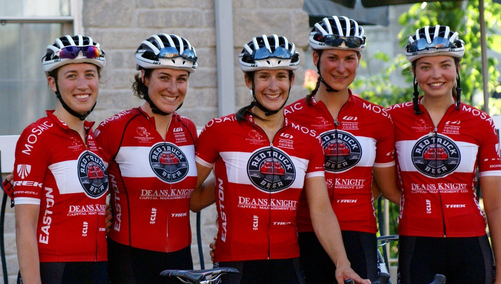 Denise Ramsden, Kinley Gibson, Sara Bergen, Suzanne Hamilton, Gillian Ellsay - united in an aggressive performance and win at the 2016 Criterium Challenge at Road Nationals.