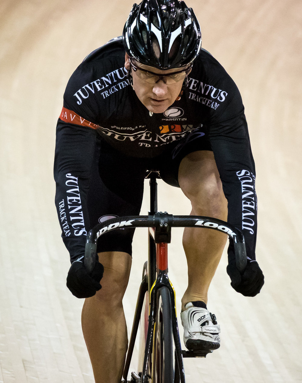 Dave Embury competing in Masters C at the 2015 National Track Cycling Championships -