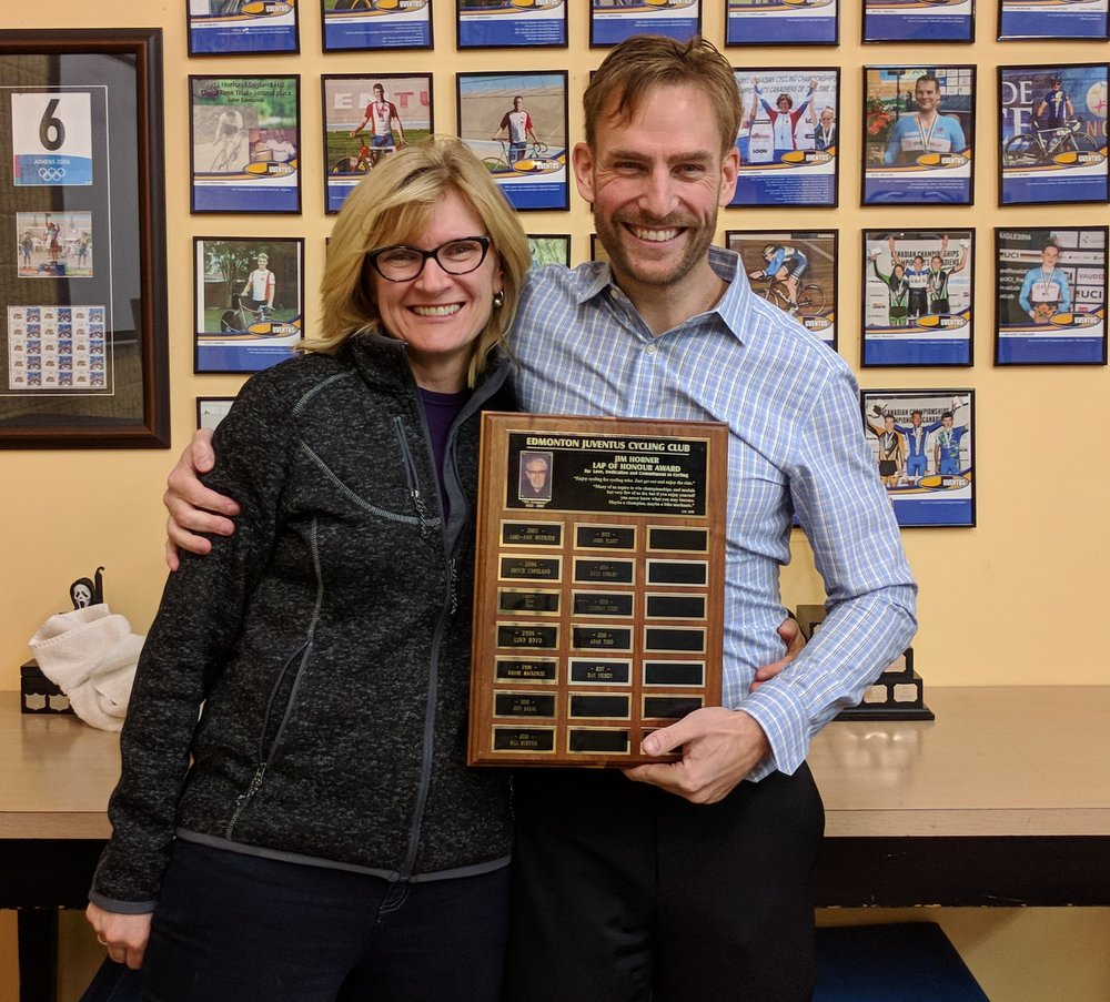 Dan Nelson accepted the 2017 Jim Horner Award from Club President and kind heart Gail Wozny.