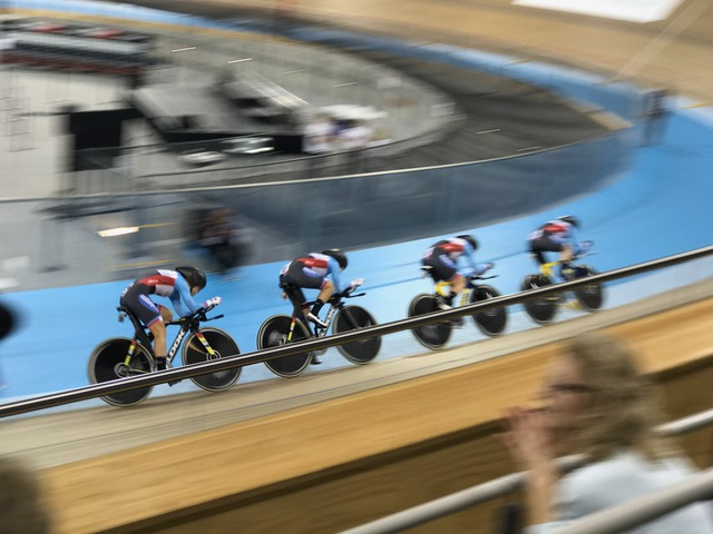 Kinley riding in the Team Pursuit