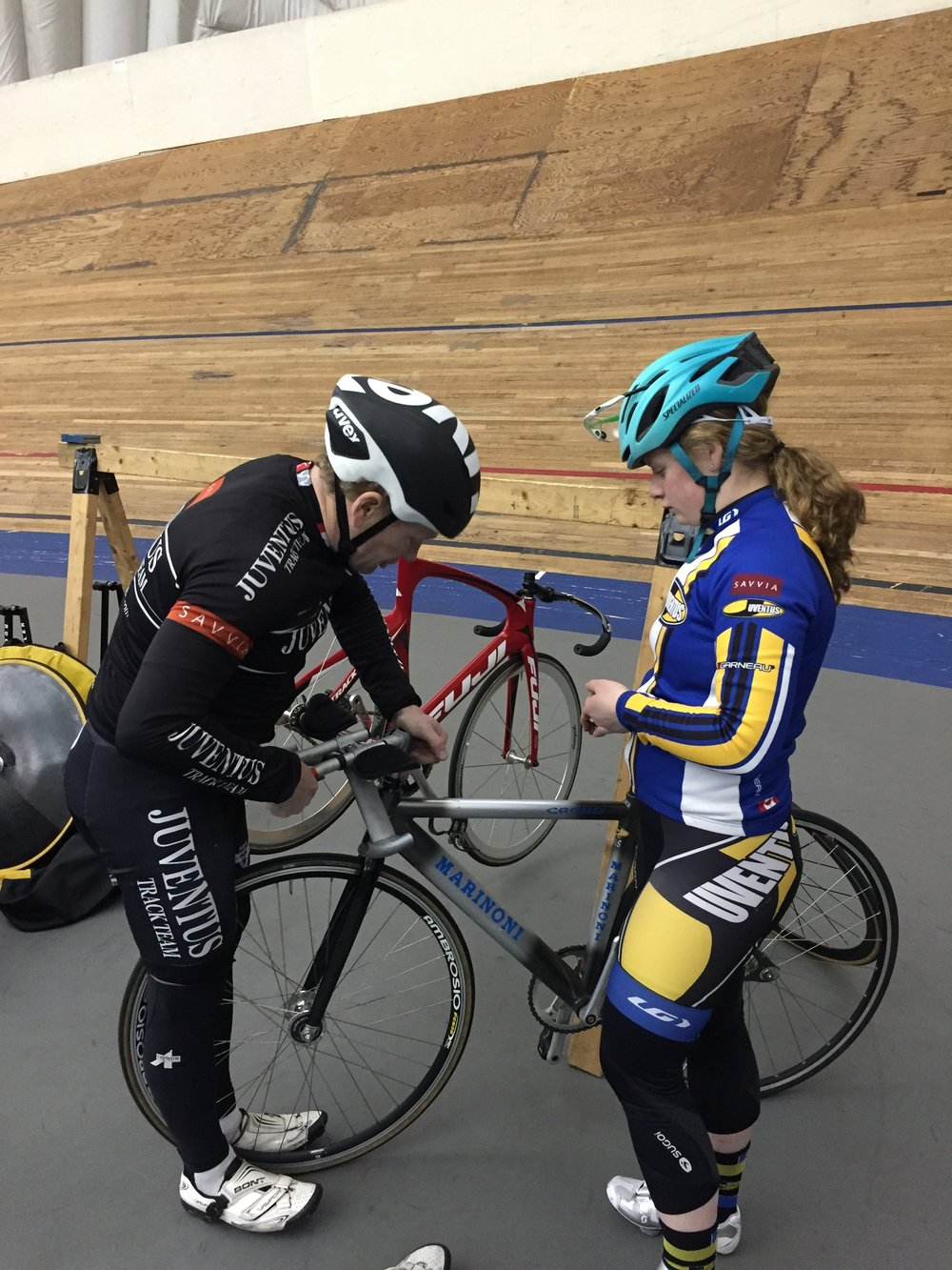 Dave assists Ngaire with her aero-bars.
