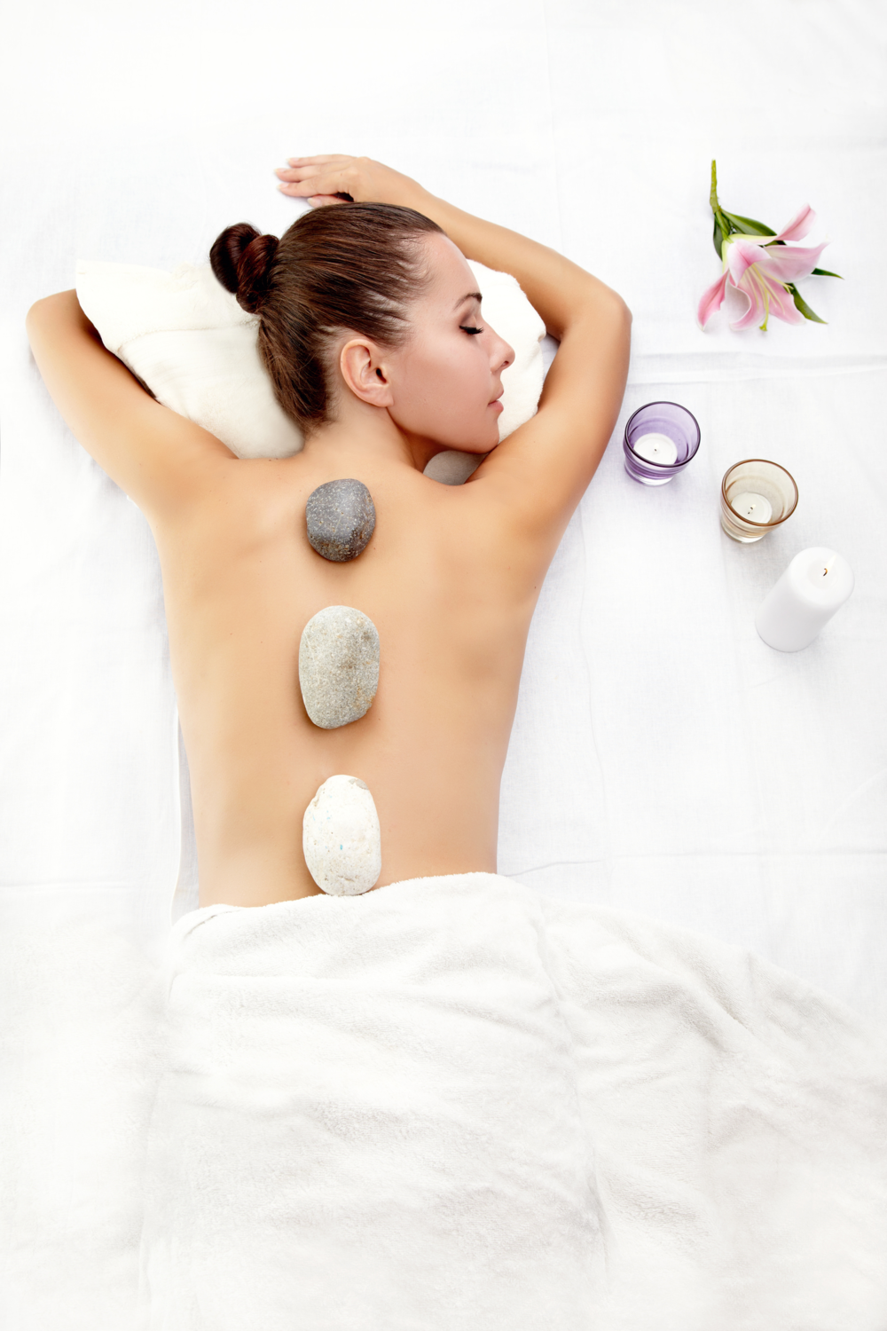 Massage_therapy_stones