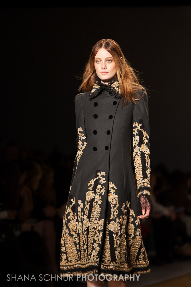 Reem-Acra-New-York-Fashion-Week-Fall-Winter-2015-Shana-Schnur-Photography-002.jpg