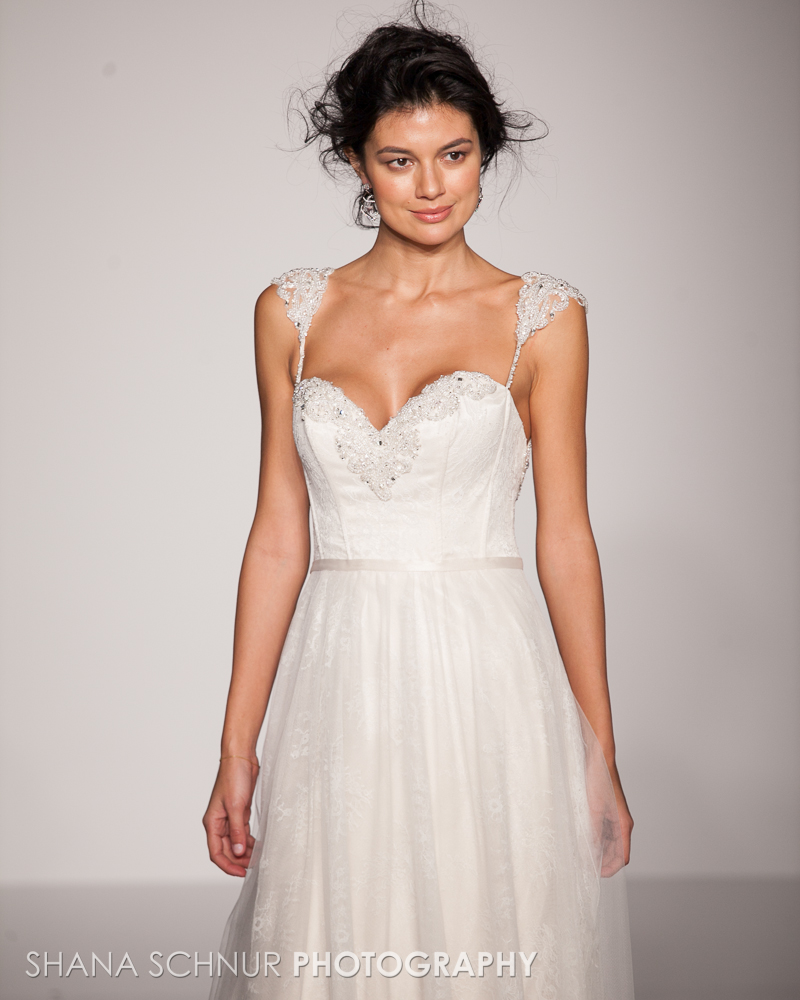 BridalMarket4-19-2015-New-York-Bridal-Fashion-The-Knot-Couture-Runway-Show-Maggie-Sottero-Shana-Schnur-Photography-010.jpg