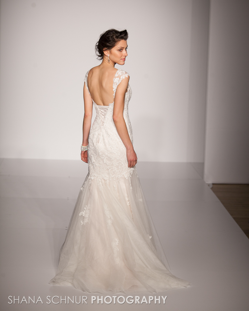BridalMarket4-19-2015-New-York-Bridal-Fashion-The-Knot-Couture-Runway-Show-Maggie-Sottero-Shana-Schnur-Photography-017.jpg