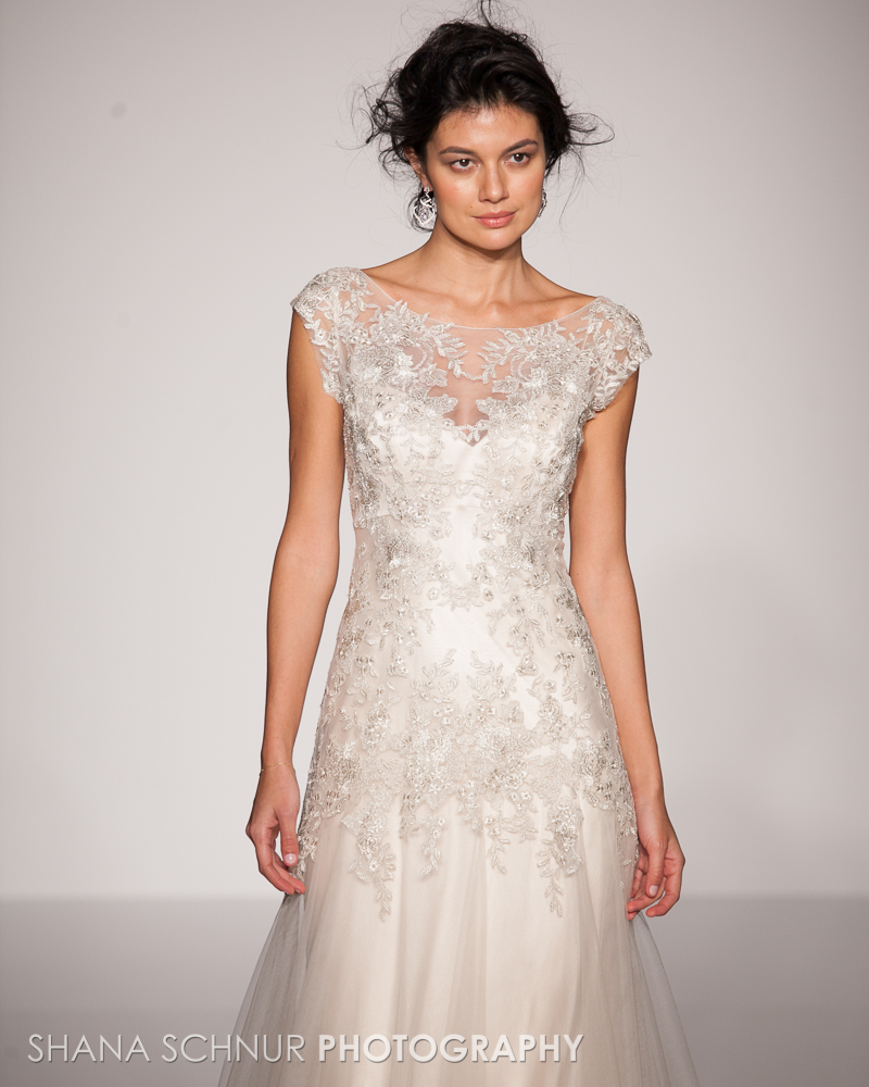 BridalMarket4-19-2015-New-York-Bridal-Fashion-The-Knot-Couture-Runway-Show-Maggie-Sottero-Shana-Schnur-Photography-019.jpg
