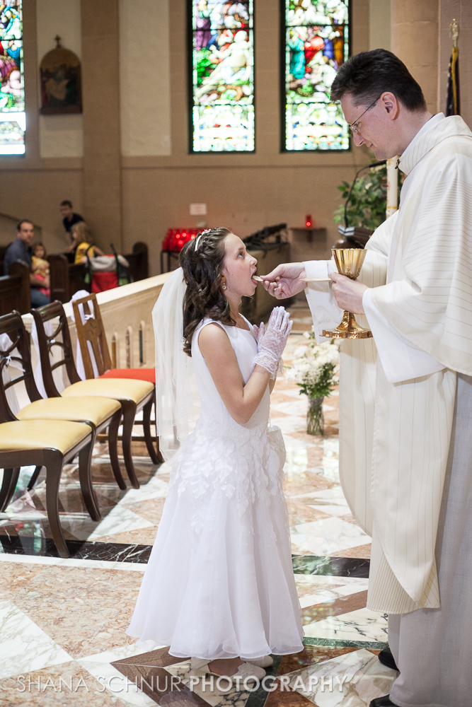 Communion6-01-2014-Shana-Schnur-Photography-041.jpg