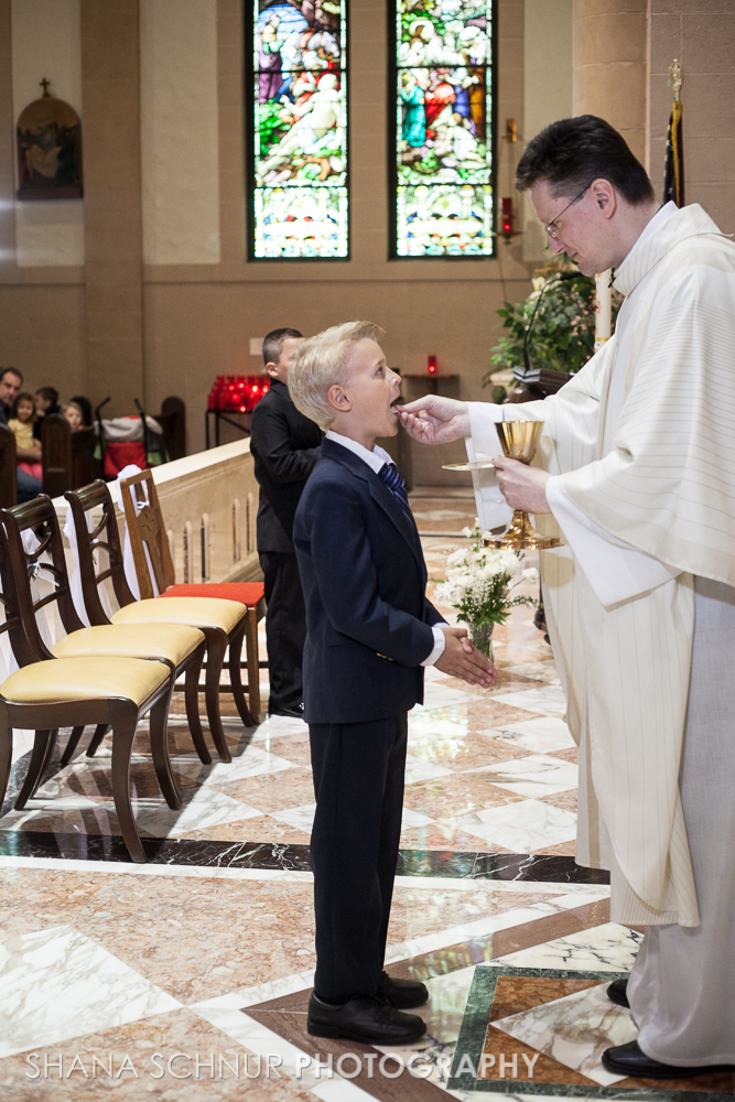 Communion6-01-2014-Shana-Schnur-Photography-043.jpg