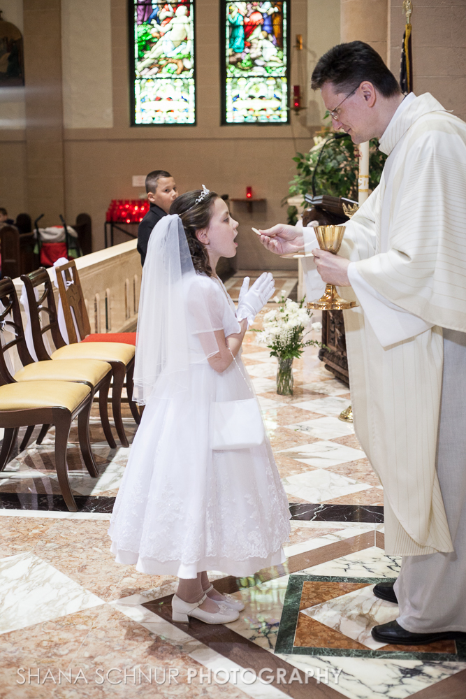 Communion6-01-2014-Shana-Schnur-Photography-042.jpg