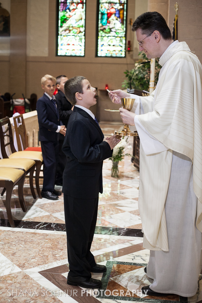 Communion6-01-2014-Shana-Schnur-Photography-044.jpg
