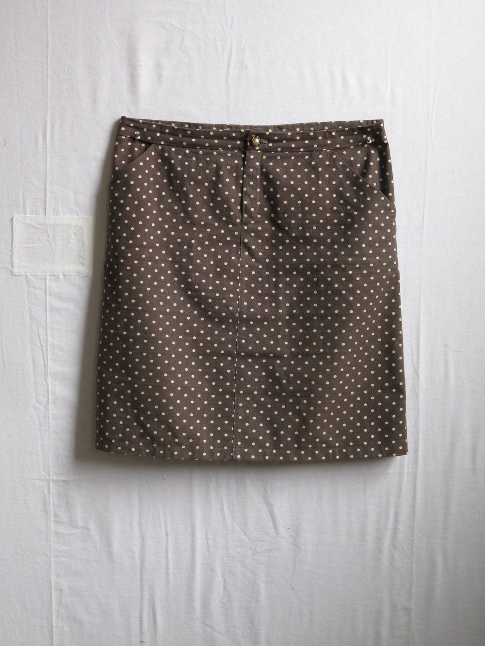 A Moss skirt, pattern by Jen Beeman of Grainline Studio, in Linen/cotton blend from....(?)