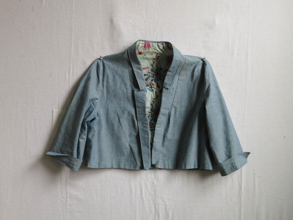 A Victoria jacket, pattern by By Hand London, in heavy-weight chambray from my stash.