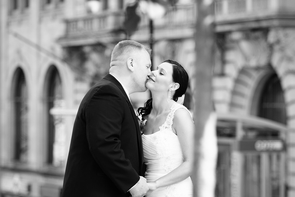 lesleyadephoto_downtown_albany_wedding-3.jpg