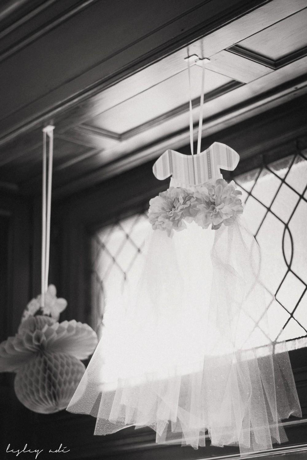 baby shower_lesleyadephoto-17.jpg